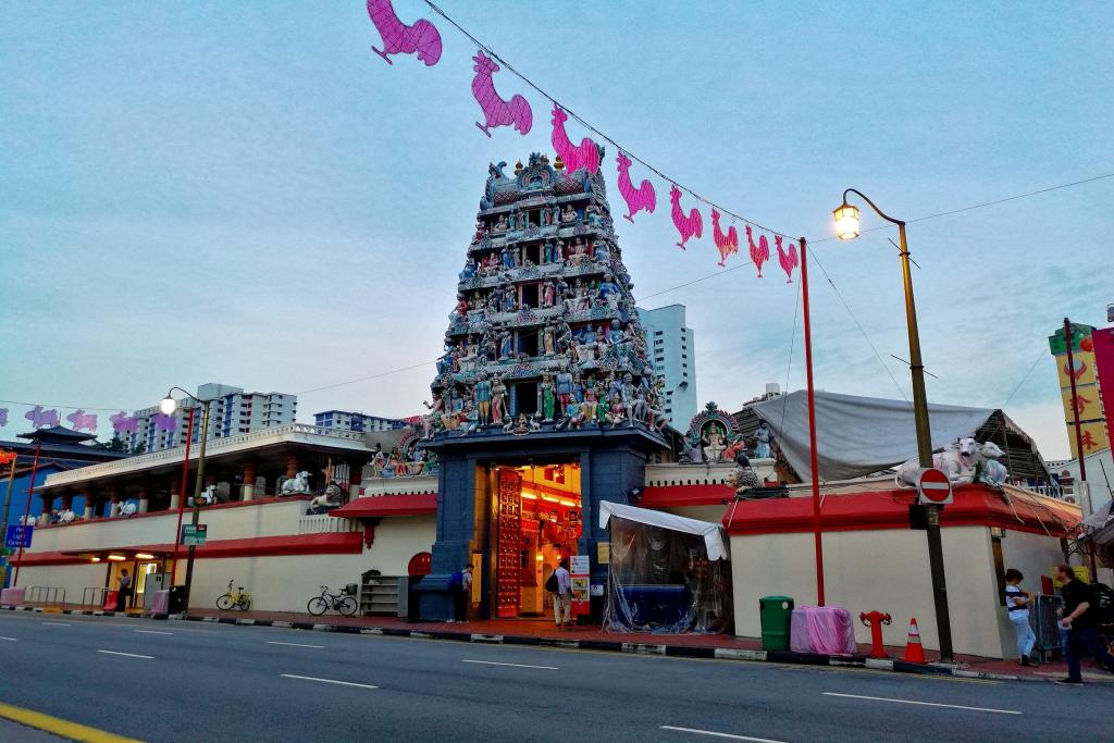 kuil Hindu tertua