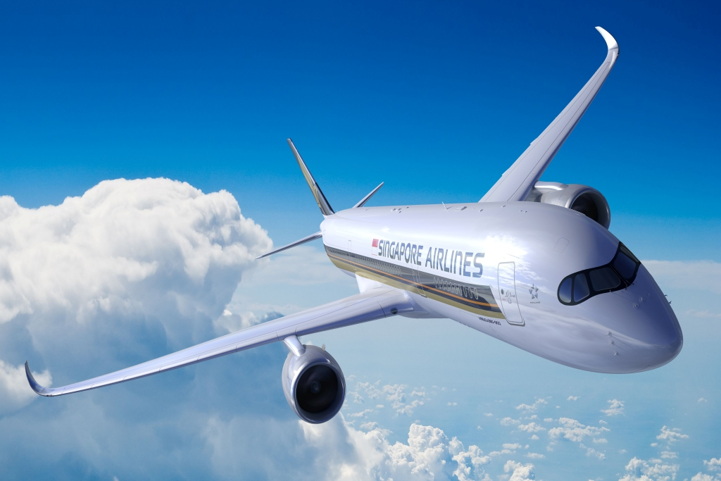 penerbangan komersial