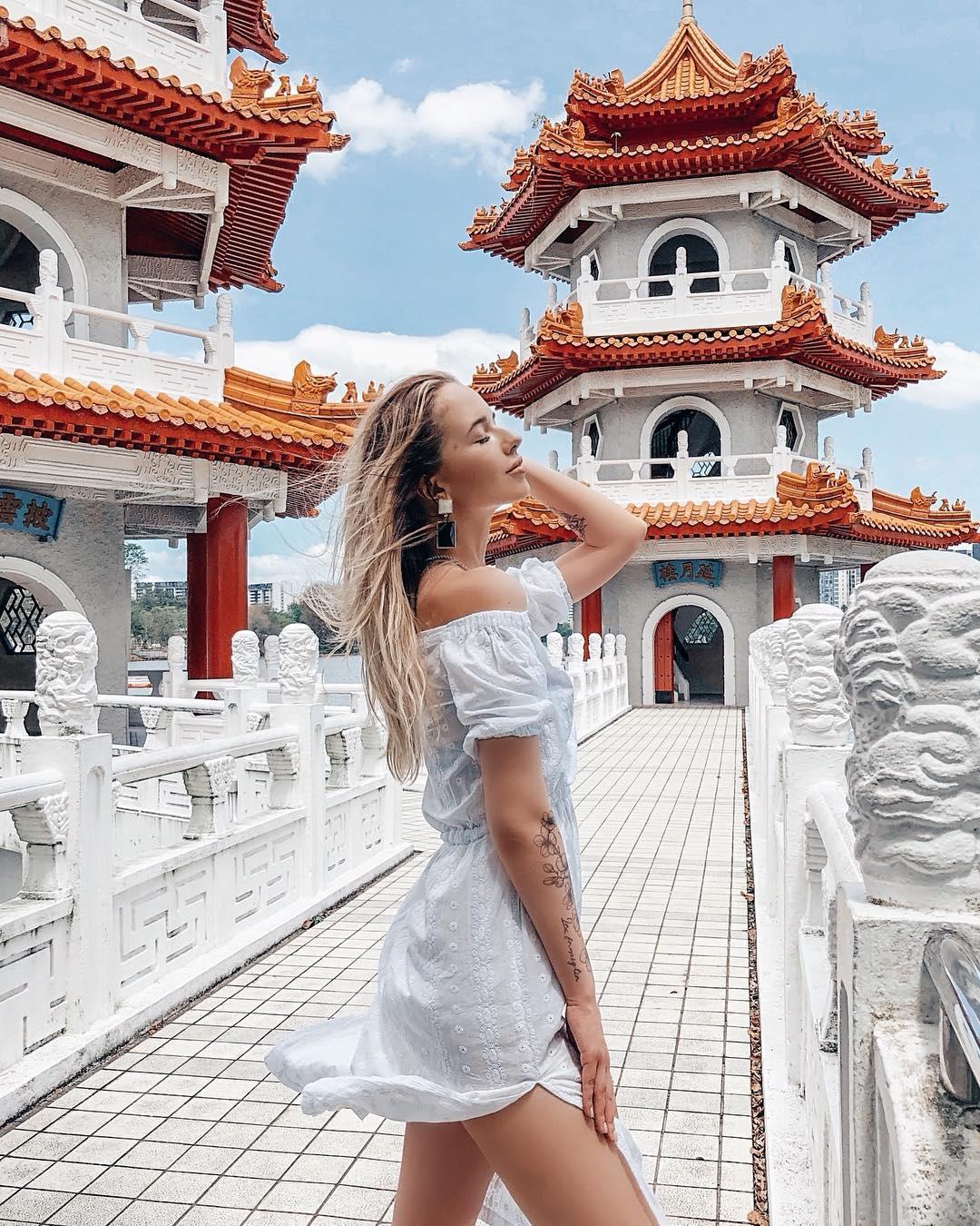 Twin Pagoda untuk OOTD