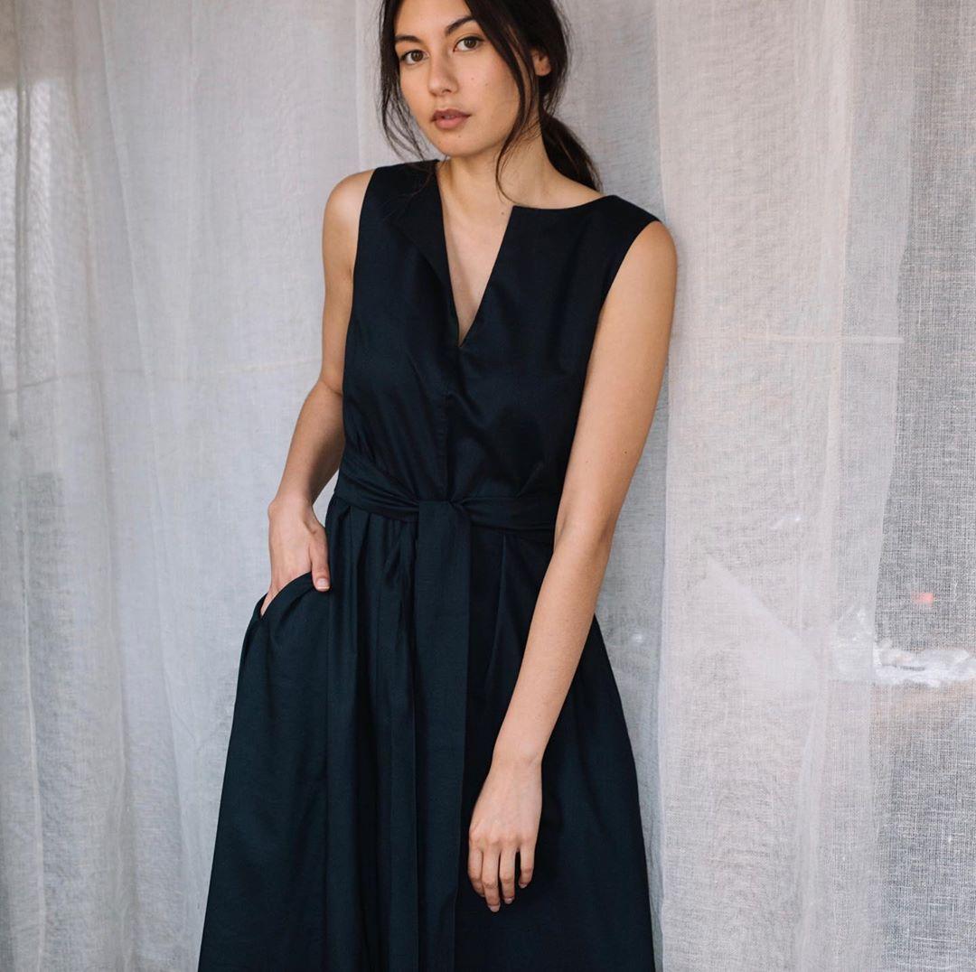 Dress Esse The Label. Instagram @essethelabel