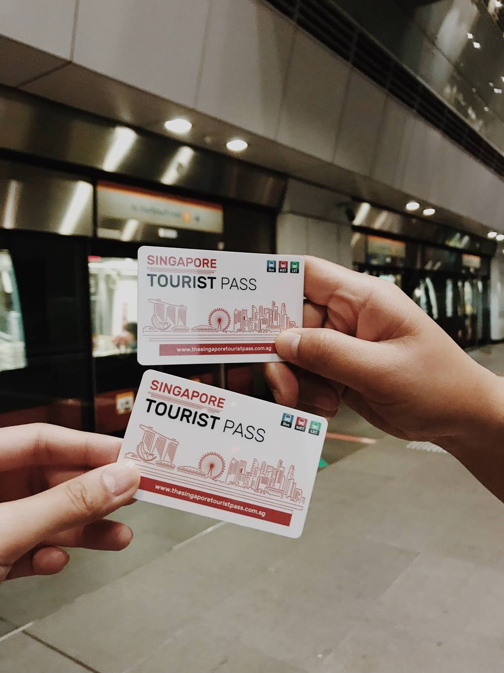 Ilustrasi Singapore Tourist Pass. Photo by Nix Gacasan on Unsplash