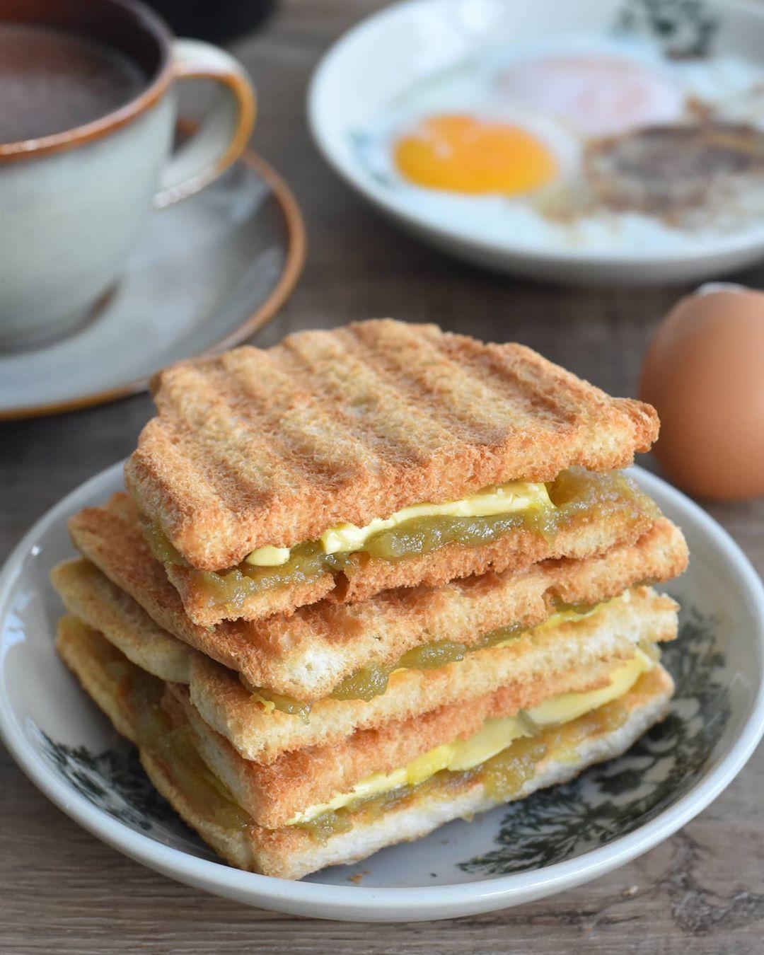 Kuliner sarapan Singapura
