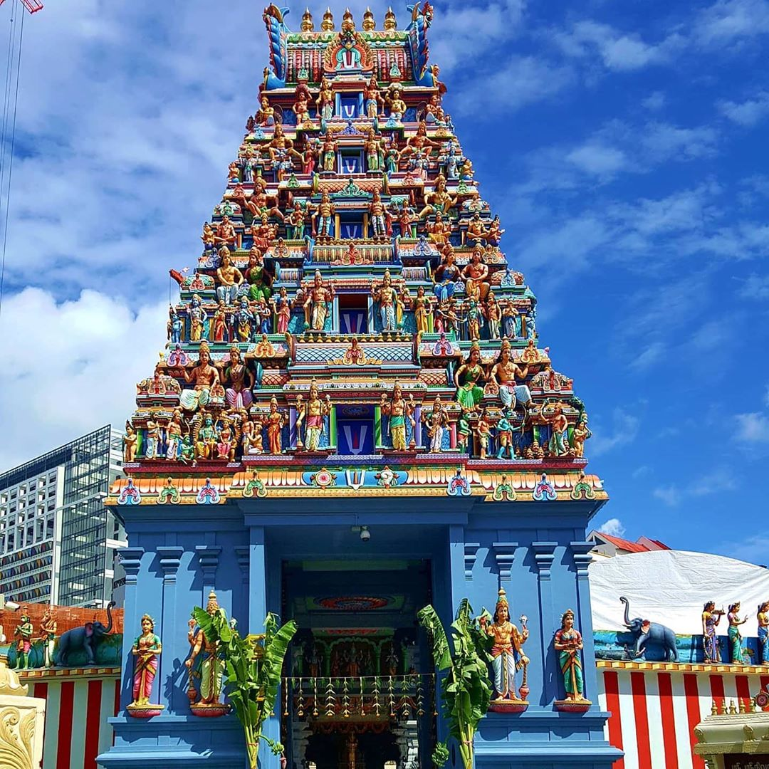 Sri Veerakaliamman Temple, Little India. Instagram @giovanni_mar14