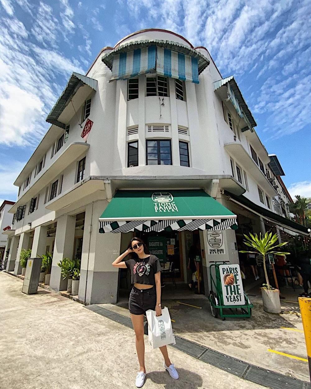 Tiong Bahru Bakery. Instagram @sabaipare