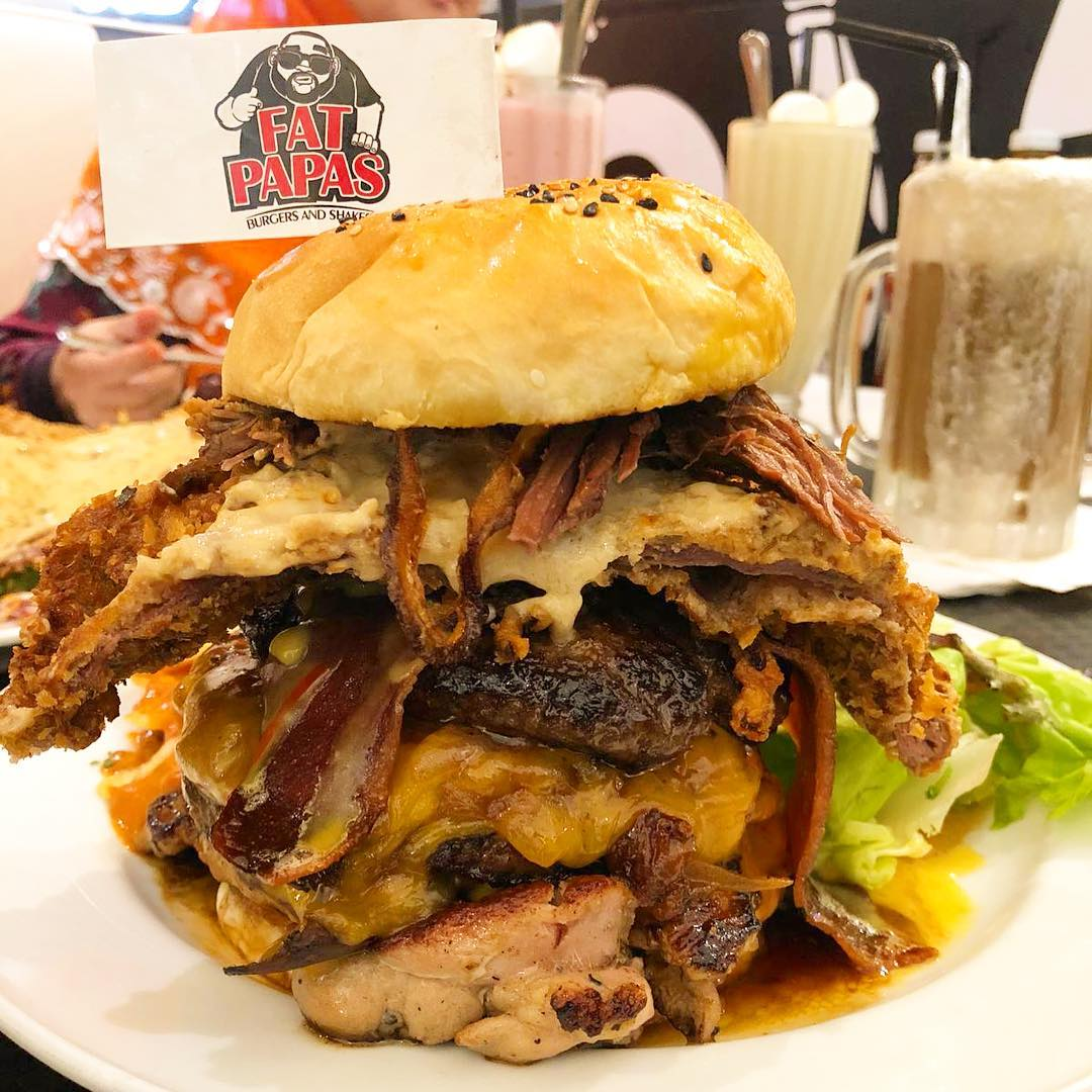 FatPapas Burger and Shakes. Instagram @fatpapas