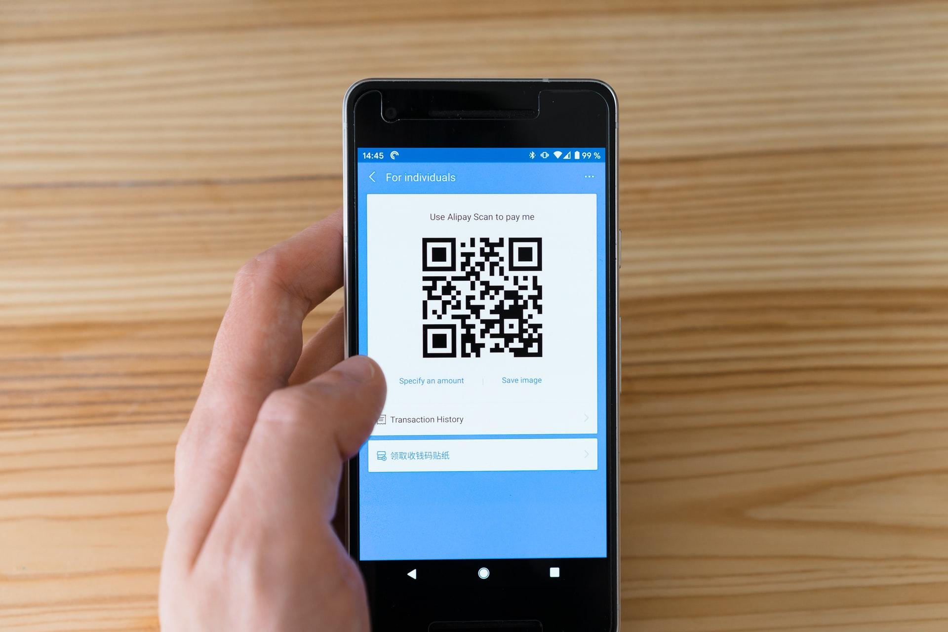 Ilustrasi pembayaran digital. Photo by Markus Winkler on Unsplash