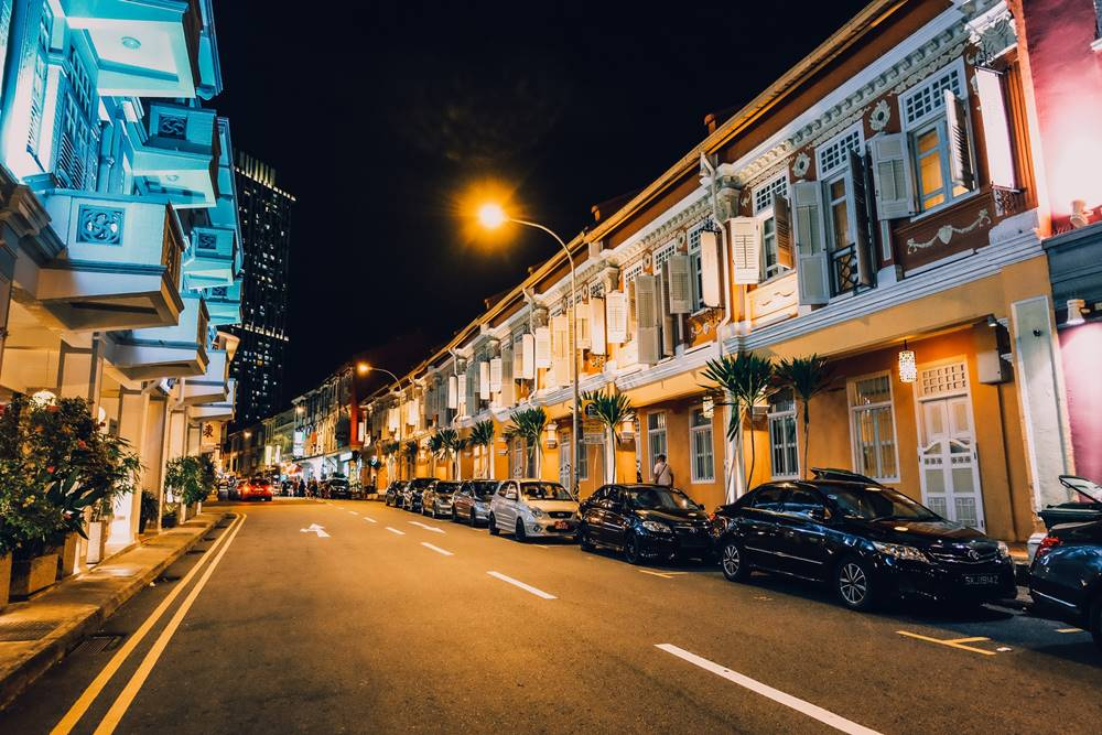 Ilustrasi tinggal di Singapura. Photo by Yuiizaa September on Unsplash