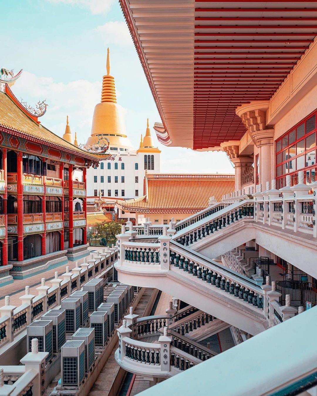 Tempat ibadah di Singapura