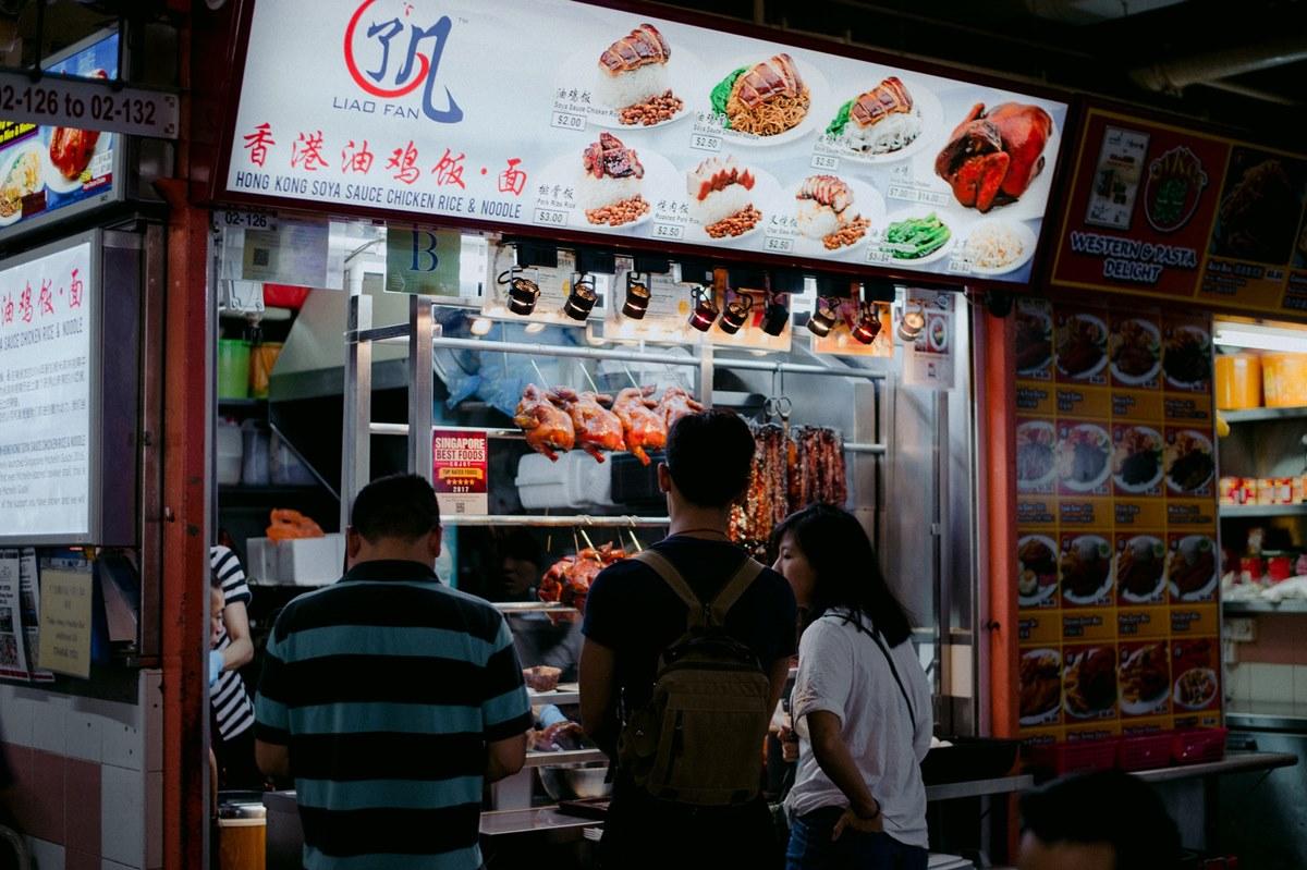 Ilustrasi tempat makan murah di Singapura. Photo by Annie Spratt on Unsplash