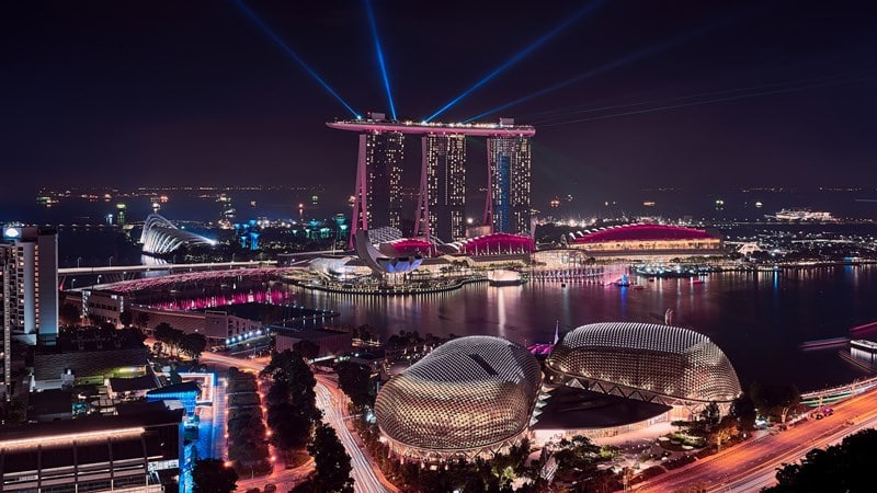 Ilustrasi Marina Bay Singapura. Photo by Guo Xin Goh on Unsplash