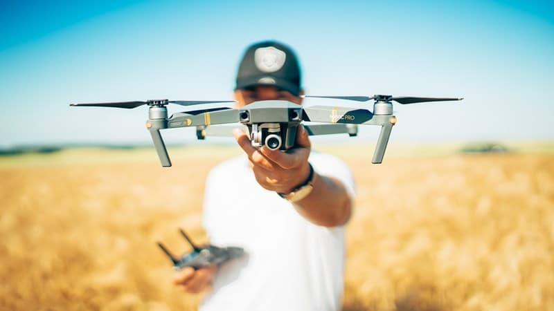 Ilustrasi drone. Photo by David Henrichs on Unsplash
