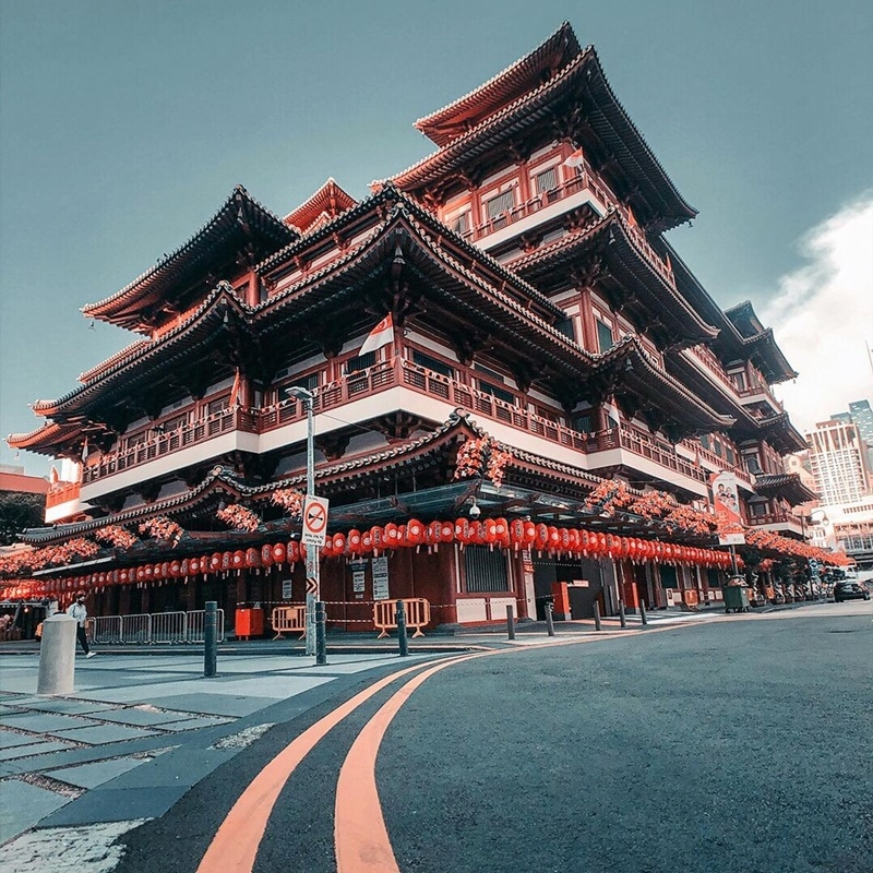 Buddha Tooth Relic Temple and Museum. Instagram @r_hugs