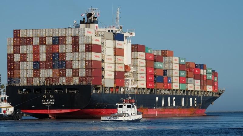 Ilustrasi pengiriman barang impor via laut. Photo by Diego Fernandez on Unsplash