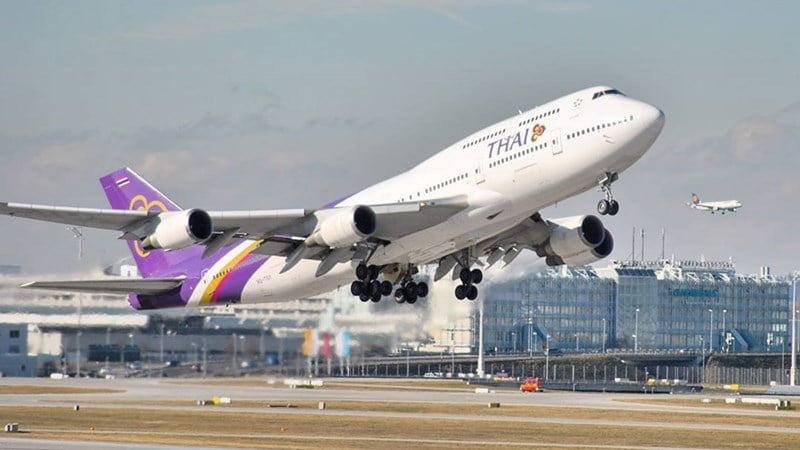 Ilustrasi pesawat Thai Airways International (THAI) lepas landas dari Munich. Instagram @m_gradler