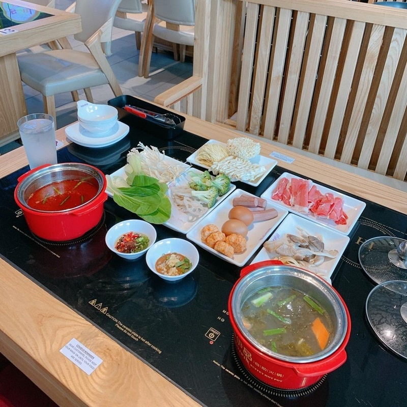 Jinshangyipin Buffet Hot Pot. Instagram @syaturdaynomzz