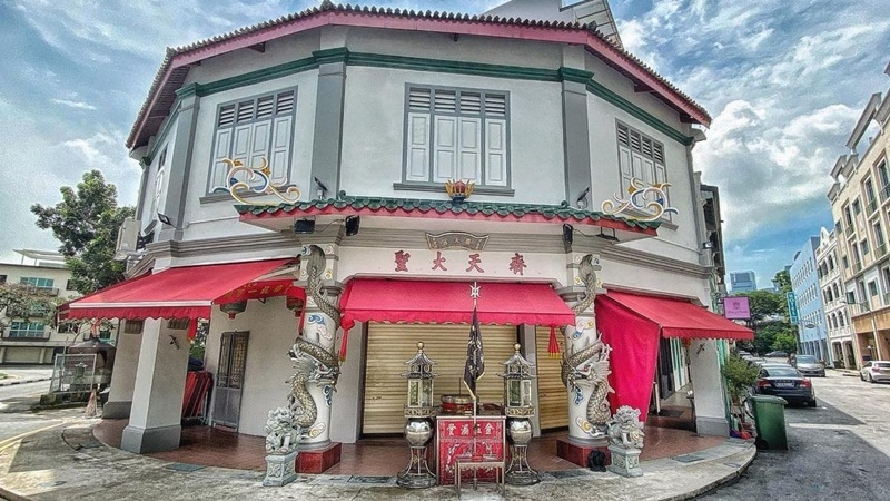 Qi Tian Gong Temple. Instagram @mariechoo