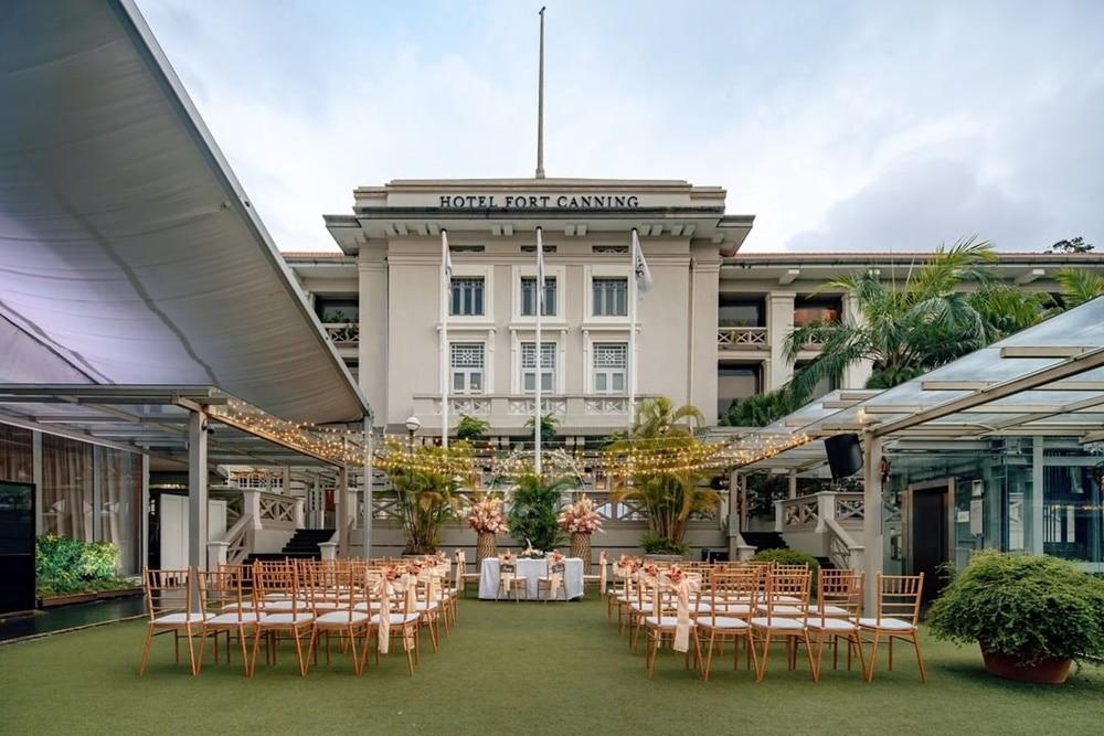 hotel tertua di singapura