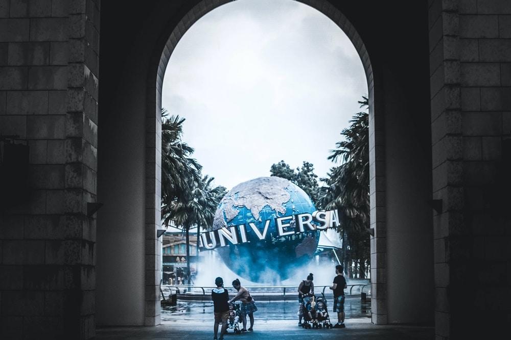 Ilustrasi Universal Studios Singapore. Photo by Unsplash Asso Myron
